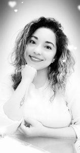 Laura Cubillas, Psicoterapeuta especializada en Psicoterapia Gestalt